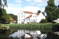 Gutshaus von der Teichseite